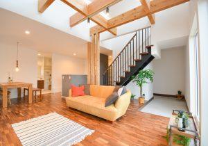 「ホール階段」と「リビング階段」どう選ぶ? イメージ
