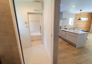 忙しい夫婦にオススメの家事ラクポイント〜洗面・浴室編 イメージ